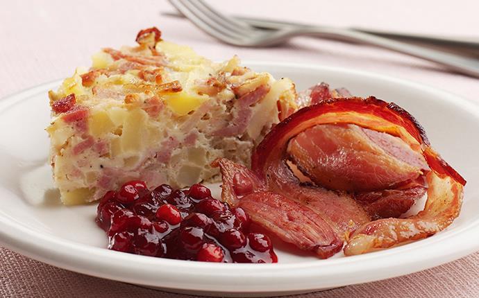 Bacontortilla med potatis och lingon