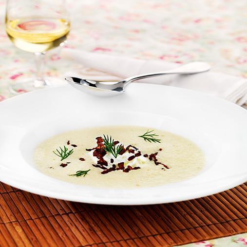 Jordärtskockssoppa med pepparrotstzatsiki