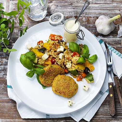 Broccolimedaljong med Grekisk bulgurpytt & vitlökssås