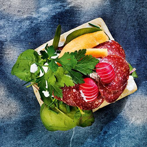 Fräsch kesomacka med salami