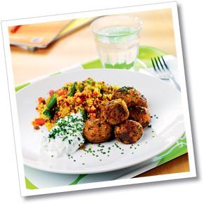 Falafel med couscouspytt och raita